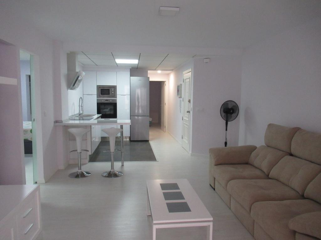 Town flats in DENIA Renovated town flat for sale in DENIA center