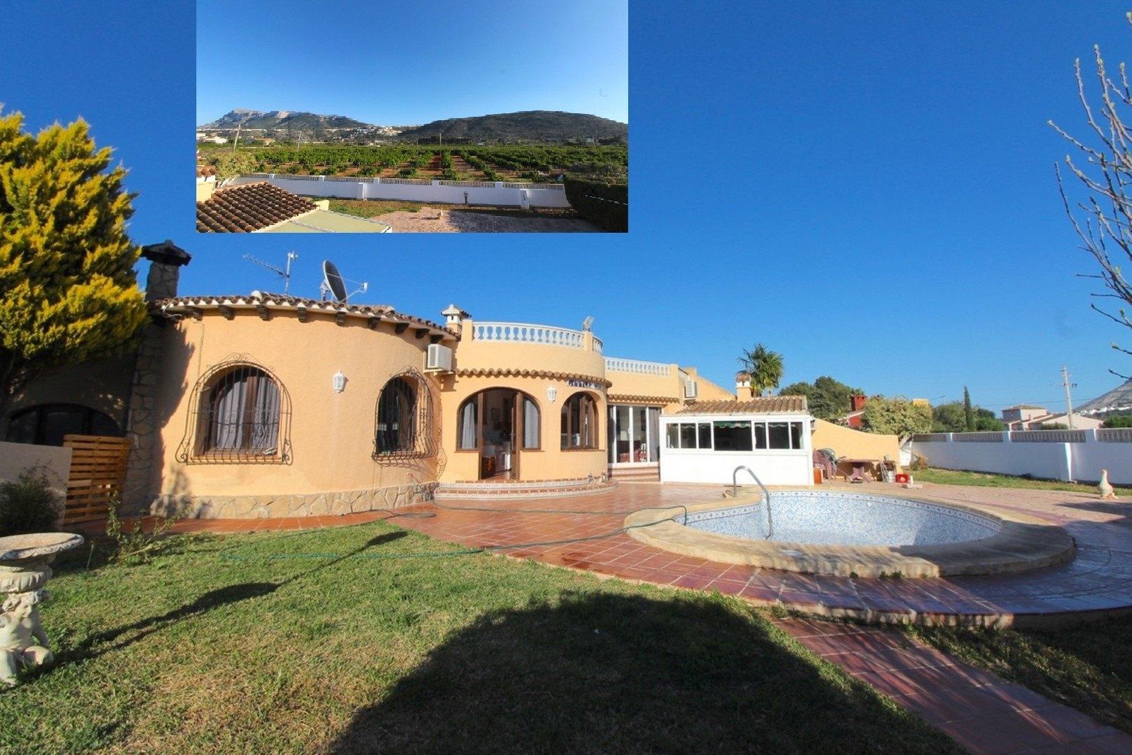 Villas in La Xara Villa for sale in La Xara (Denia)
